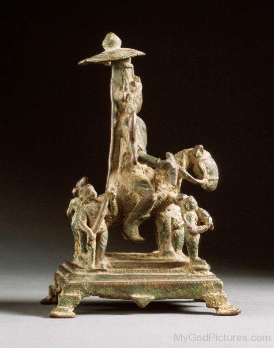 Statue Of Revanta-ef46