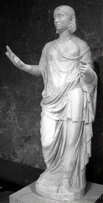 White Marble Statue Of Ceres-bm910
