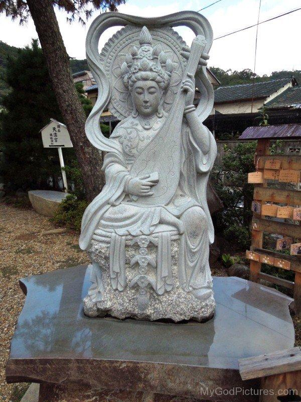 Statue Of Goddess Benzaiten-ur420